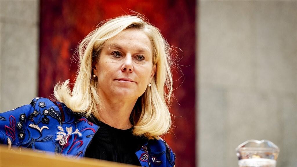 Minister Sigrid Kaag tijdens een begrotingsdebat in de Tweede Kamer.