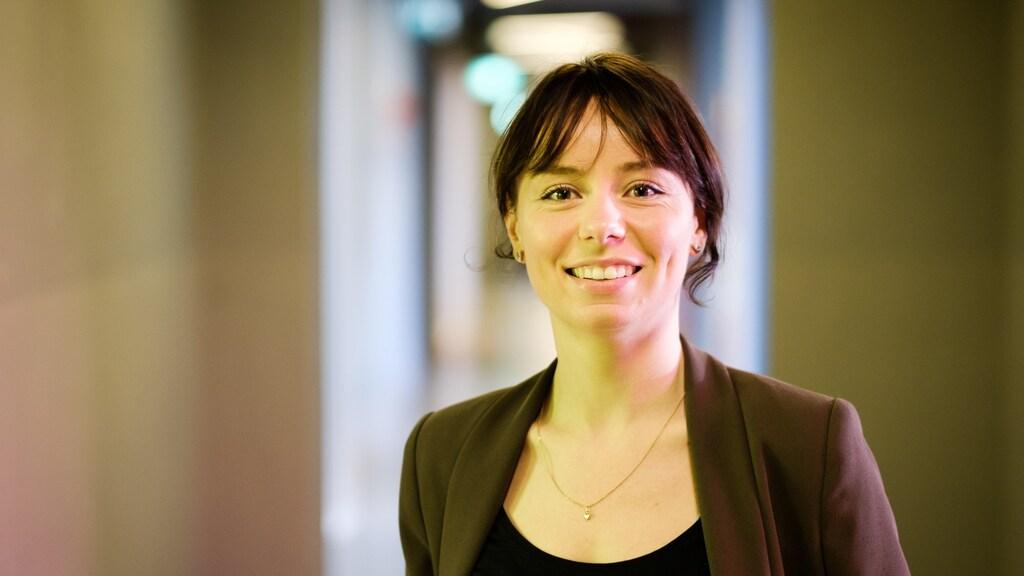 Julia Penning de Vries promoveert eind april aan de Universiteit Utrecht, in bestuurs- en organisatiewetenschap.