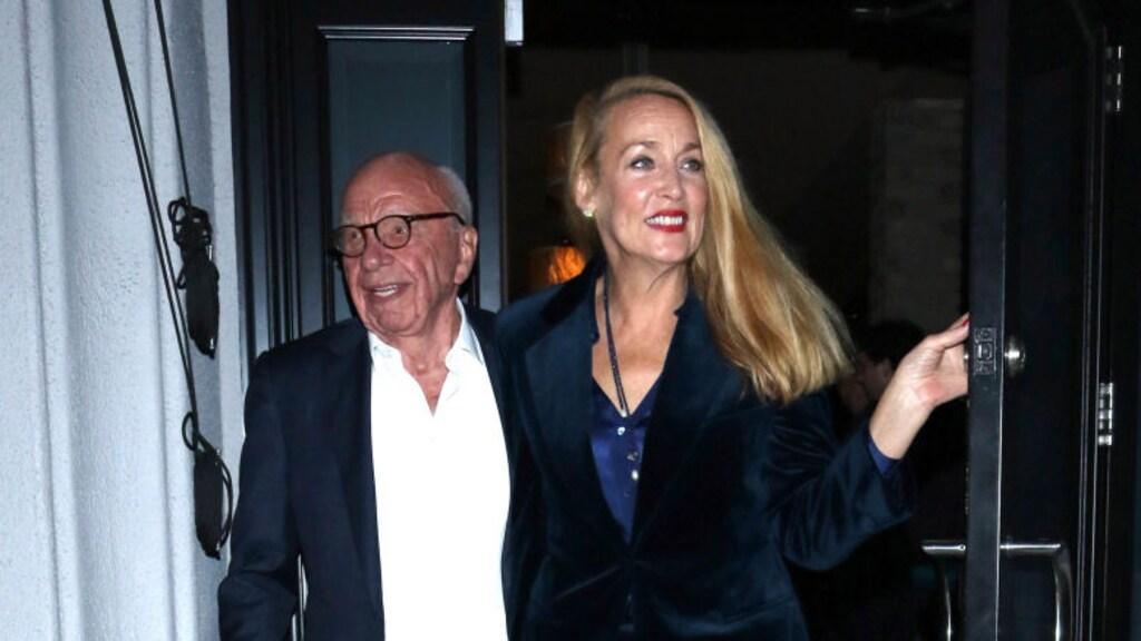Rupert Murdoch en zijn vrouw Jerry Hall in 2019