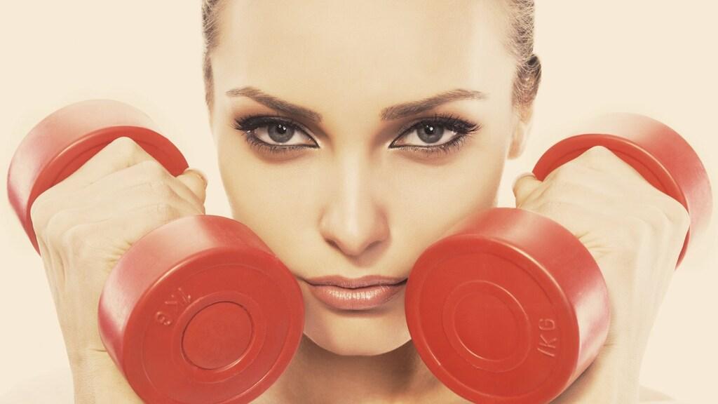 5 make-up looks die je er in de sportschool weer af kunt zweten