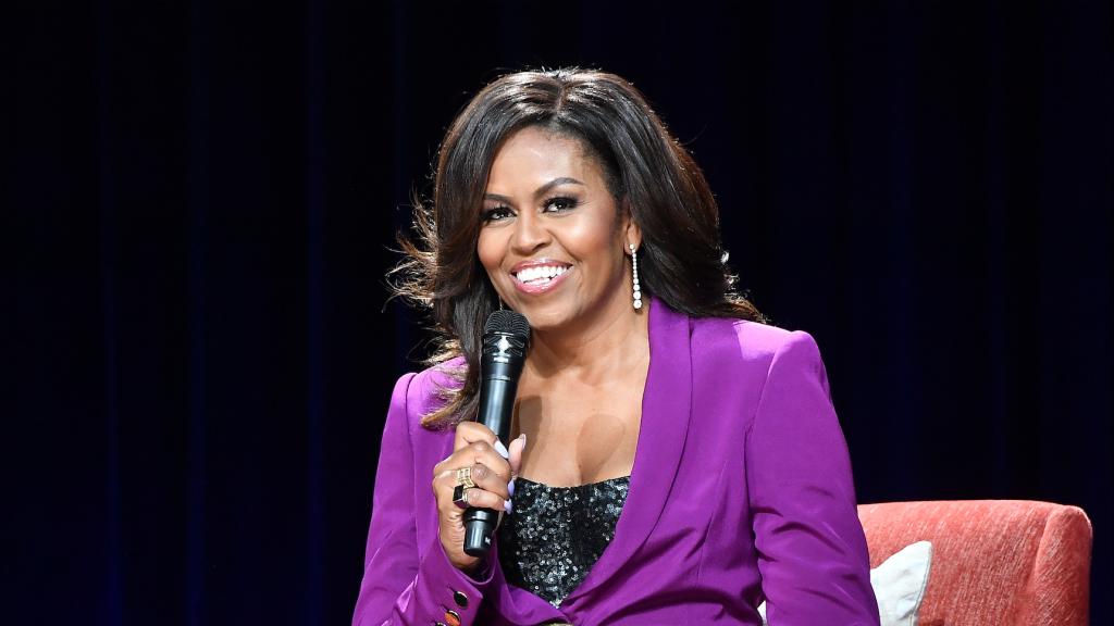Michelle Obama begint haar eigen podcast-serie.
