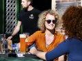 Zelf online je biertje bestellen op terras, telefoon staat niet stil bij startup